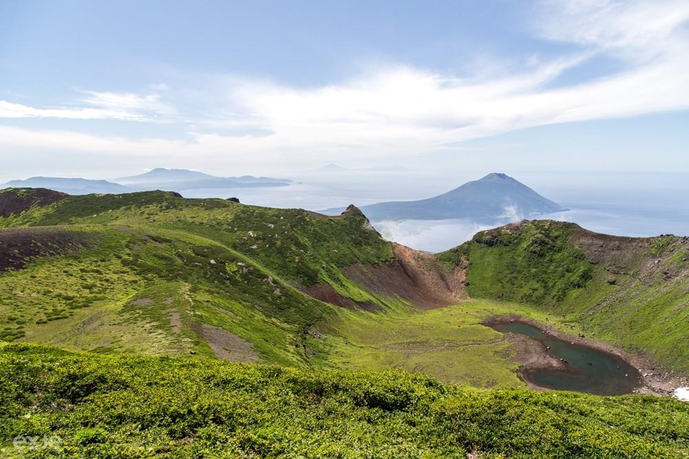 Кратер вулкана Стокап. Исток ручью Кратерный