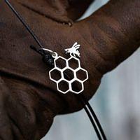 украшение для пчеловода