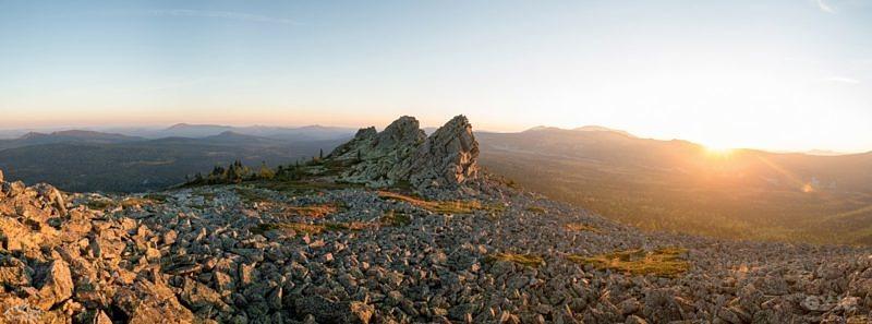 ЗАстывшие каменные волны, на склонах хребта Кумардак
