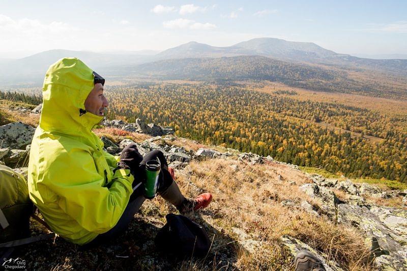 Обед с видом на великую гору Южного Урала