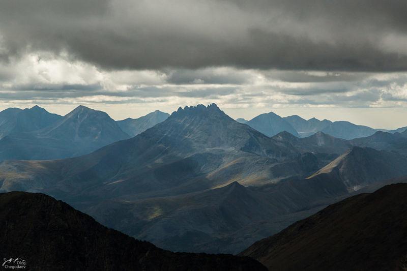 Манарага со склонов горы Народная