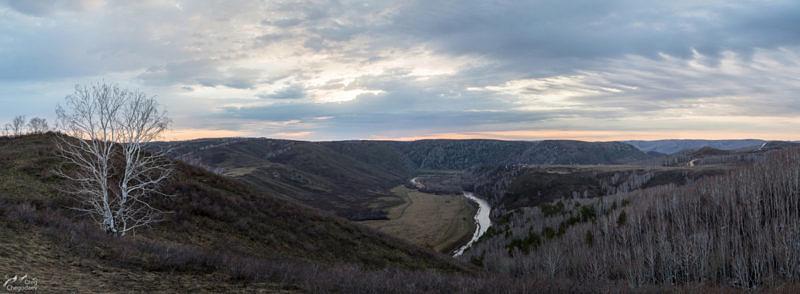 Река Сакмара пробившаяся через Зилаирское плато