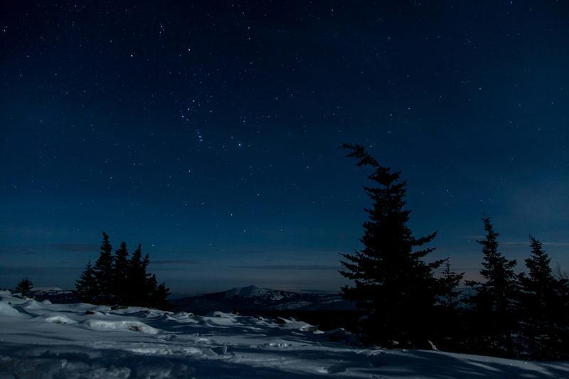 Ночь на хребте Уван