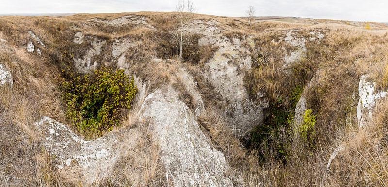 Карстовые воронки у деревни Кальчибуран