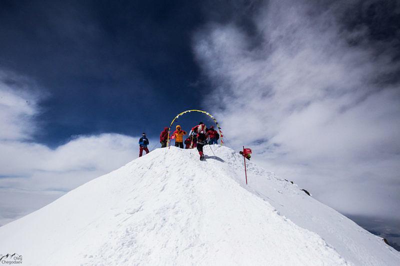 Финишь на вершине Эльбруса