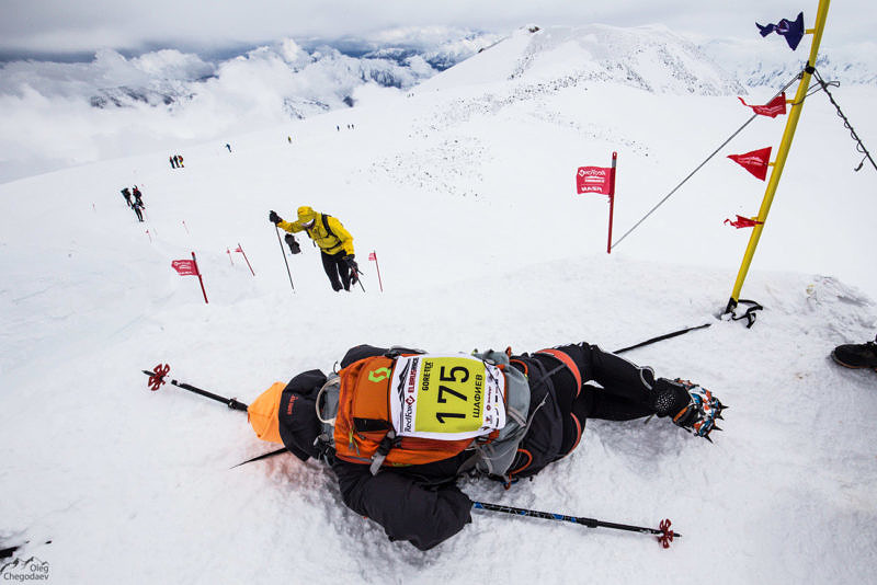 Финиш гонки Red Fox Elbruse race