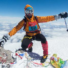 Еще один способ взойти на Эльбрус – Фестиваль Red Fox Elbrus Race.