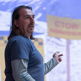 """""""Дунули""""  с Максом Панковым и поговорили о лавинах и лавинщиках. #интервьюСпутешественником"""