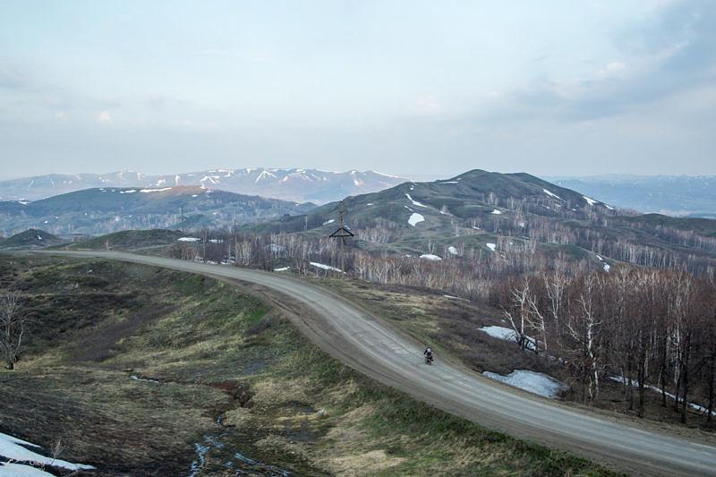 Спуск с Саринского плато
