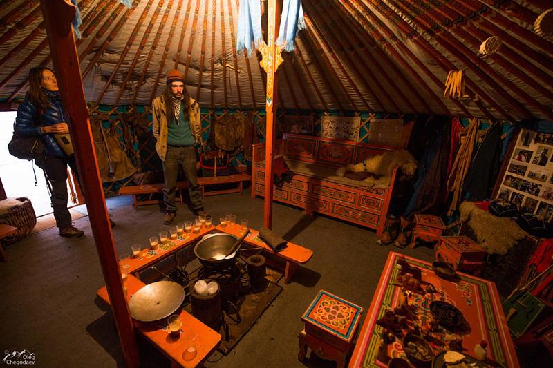 Монгольская юрта внутренне убранство