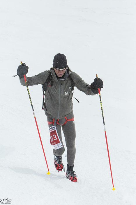 Виталий Шкель в нескольких метрах от вершины Эльбруса