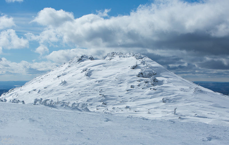 Вершина хребта Нары, гора Кашкатура