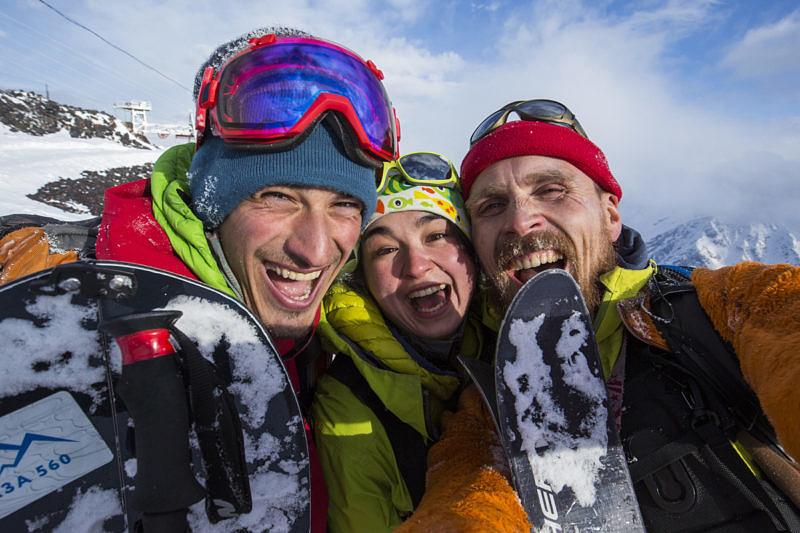 Никита Скороходов, Айгуль Лотфулина, Олег Чегодаев - высотные фотографы RFER