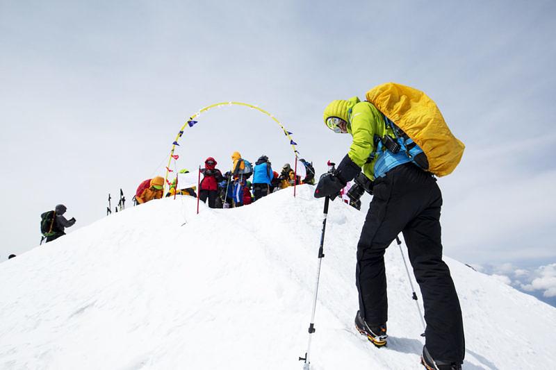 В полку высотных фотографов прибыло, Айгуль Лотфулина наконец то на на вершине