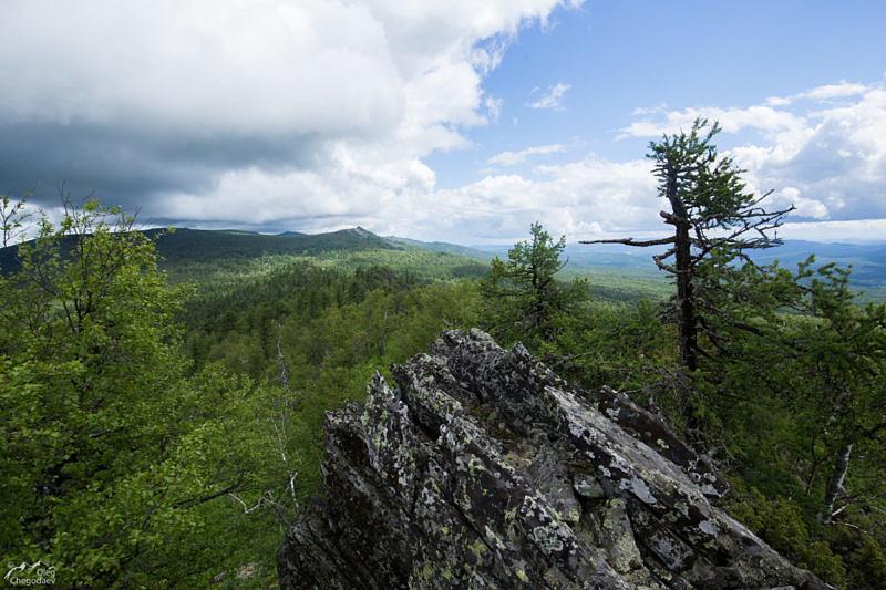 Вид с вершины 1026. Хребет Шатак