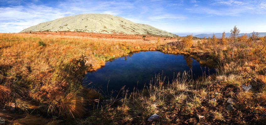 Озеро под горой Большой Ямантау