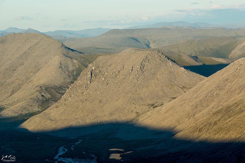 Гора Еркусей с хребта Малдынырд