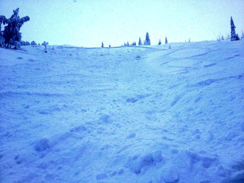 Лавина на хребте Уван, Южный Урал