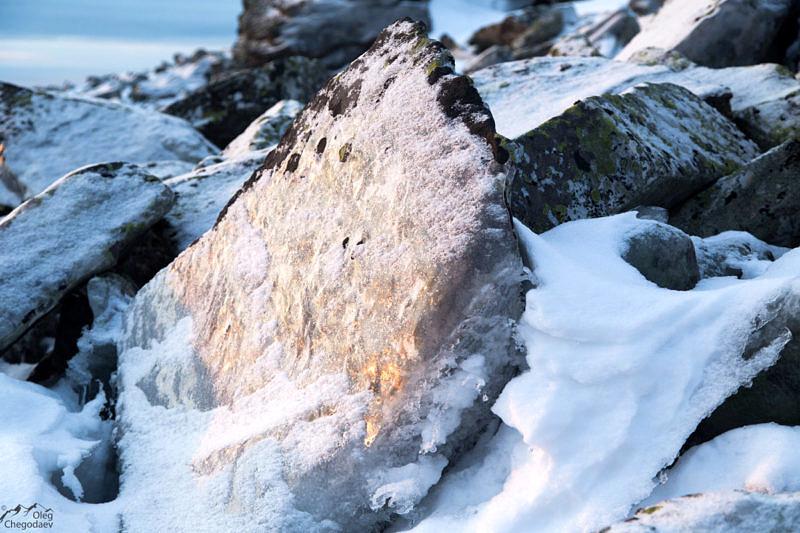 Курум покрытый тонким слоем льда