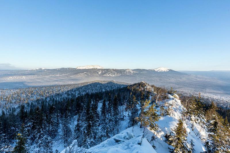 Вид с горы Монблан, на Большой Таганай