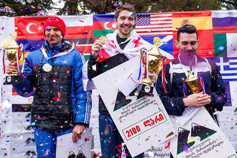 Мужчины победители первого горного полумарафона в Тбилиси