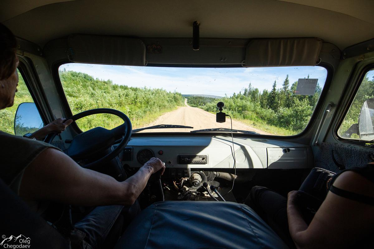 Дорога вдоль газопровода Сияние Сибири по пути на Пеленер