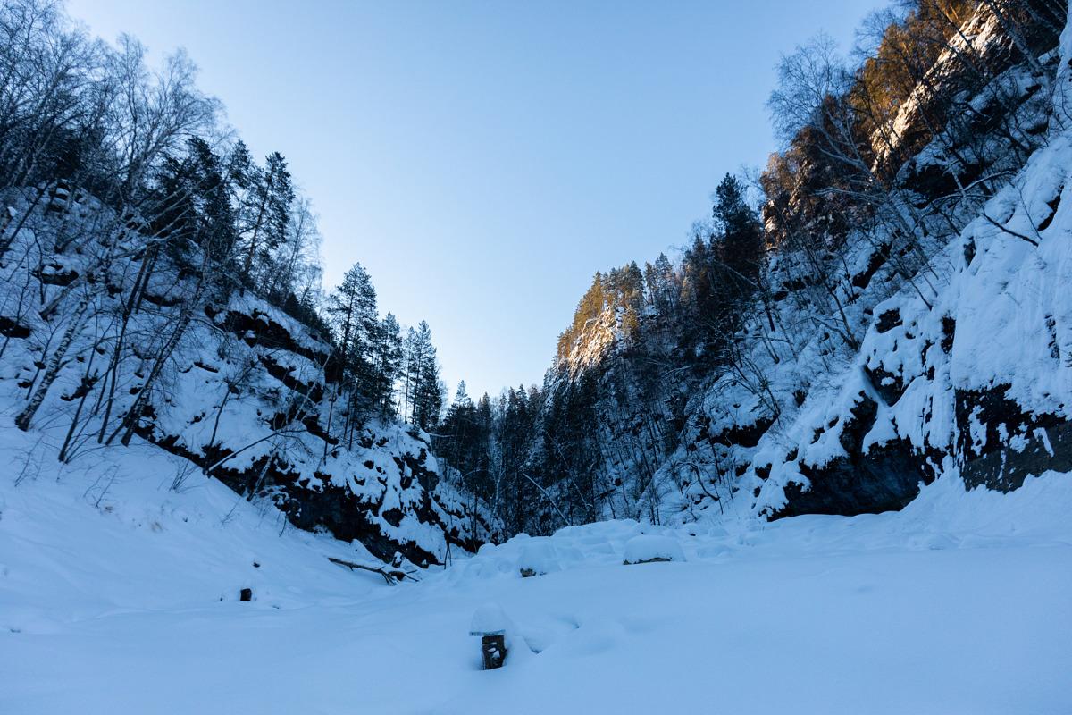 Вход в скальный канон ручья Климентий