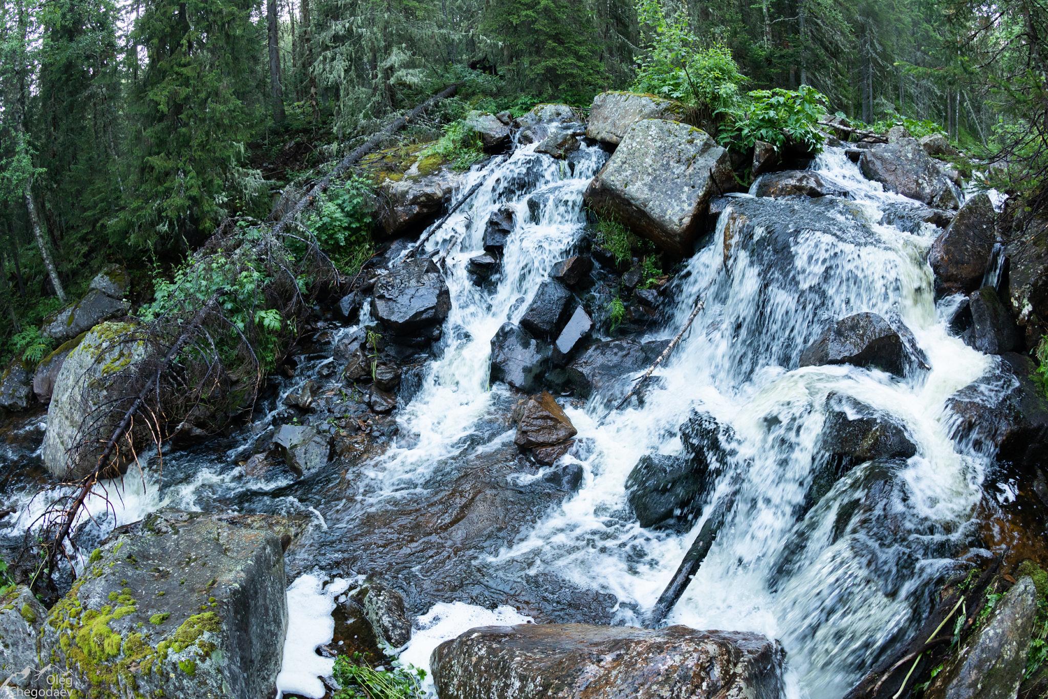 Водопад на реке Малый Катав