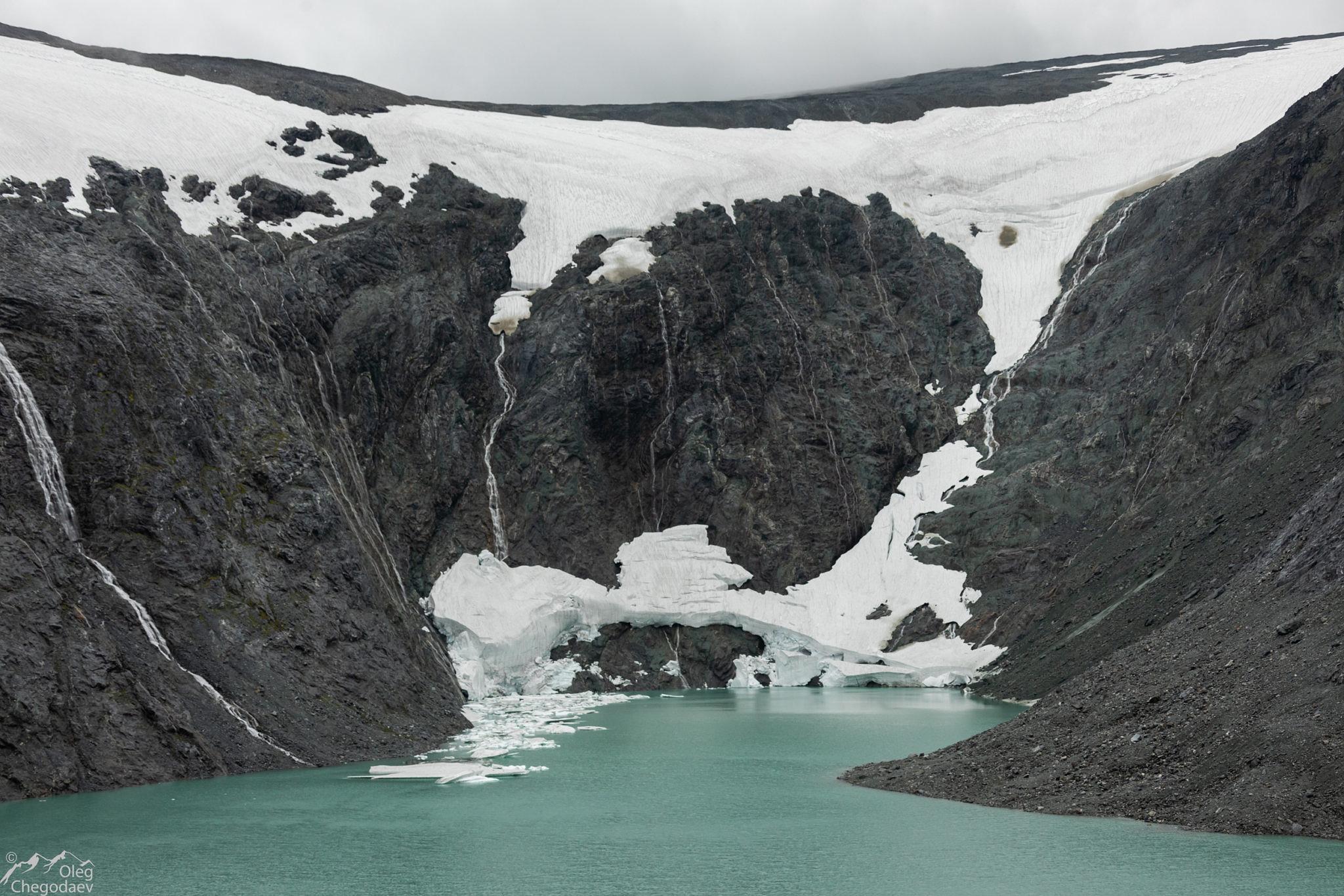 Остатки ледника МГУ