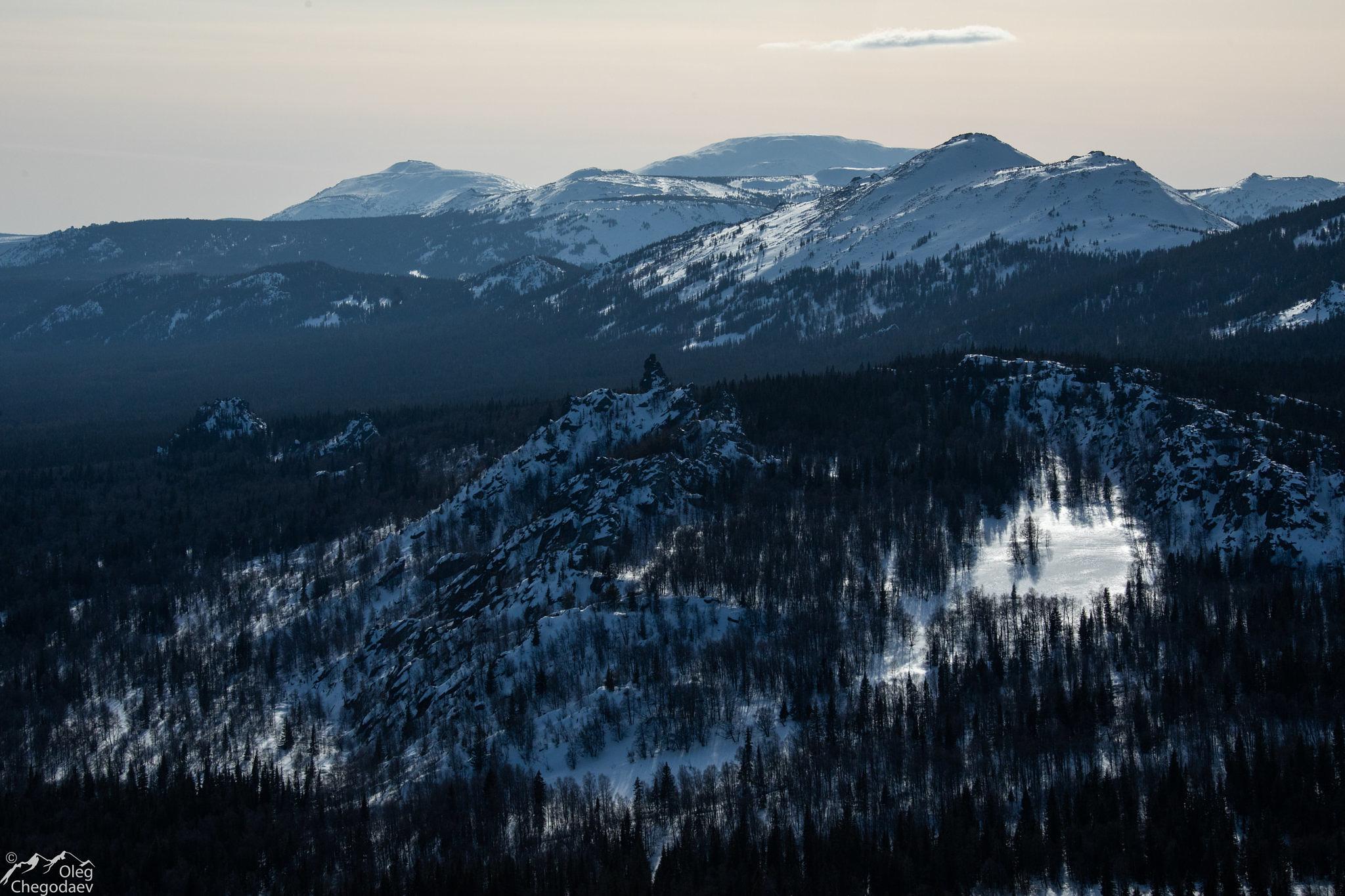 Вид на Ямантау, Машак, Кумардак, приступки с горы Медвежья