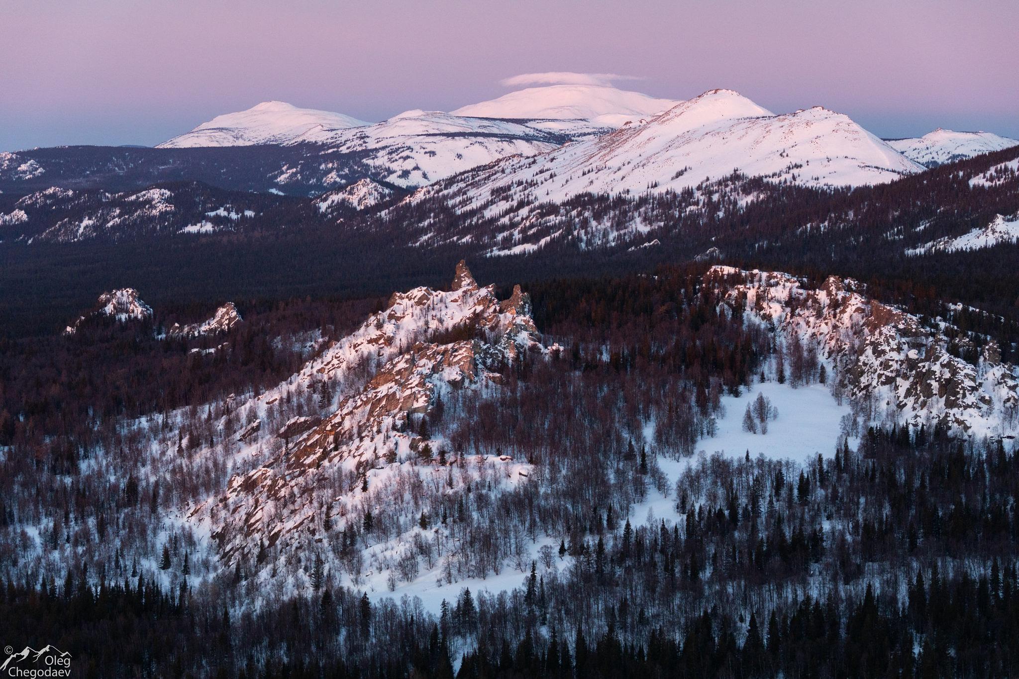 Гора Ямантау в рассветных красках