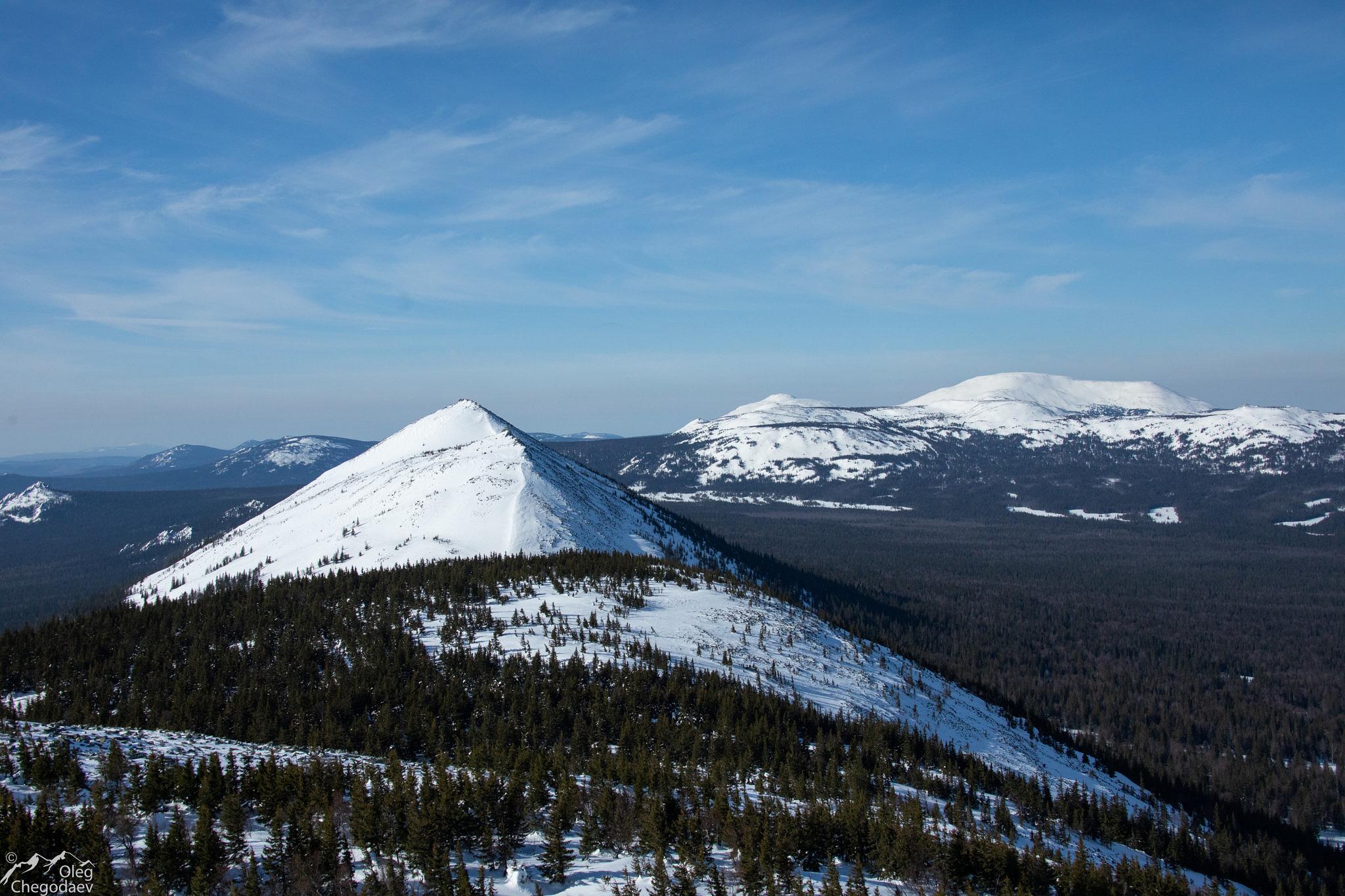 Вид на гору Колокольня с хребта Кумардак