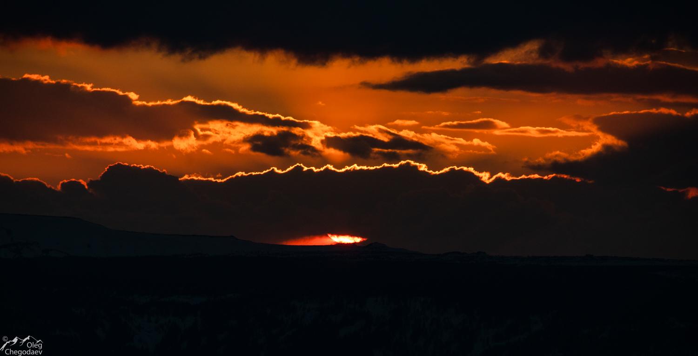 Закат над хребтом Нургуш