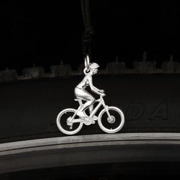 """Подвеска """"Велосипедистка"""""""
