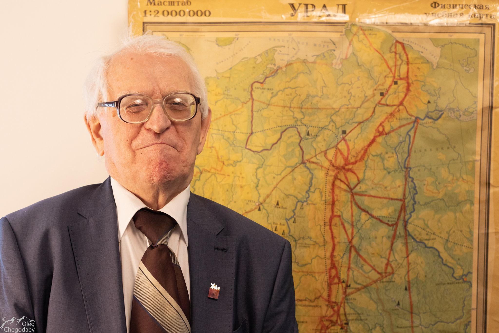 Владислав Карелин
